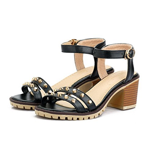 Amoonyfashion Dames Pu Kitten Hakken Open Teen Solid Gesp Sandalen Zwart