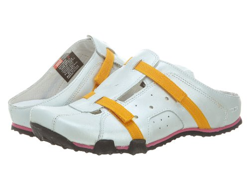 Diesel Michelle Loafers Little Kids Style: 8206021-PEARLIZED WH Size: 3 Y US