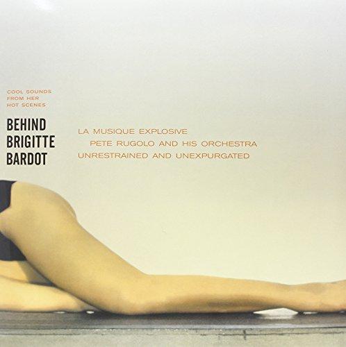 Behind-Brigitte-Bardot