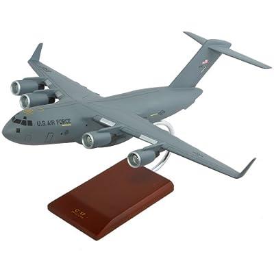 C-17 Globemaster III - 1/100 scale model