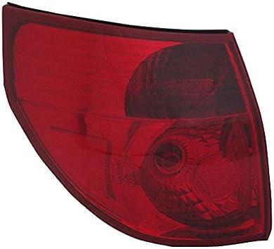 2004-2005 Toyota Sienna Driver Left Side Rear Back Lamp Tail Light