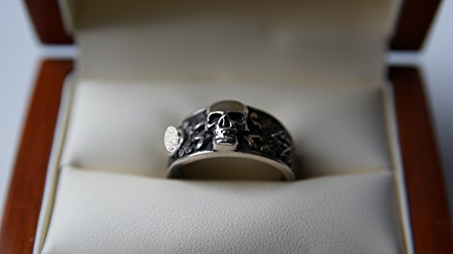 The silver ring Waffen SS Totenkopfring 3rd Reich Germany WWII