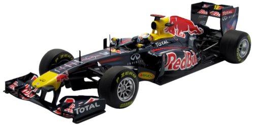 Minichamps ROT Bull Racing Renault RB7 S.Vettel 2011 1:18