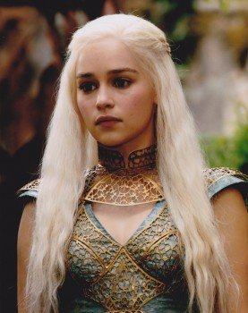 Emilia Clarke Daenerys Targaryen Game Of Thrones Schauspielerin