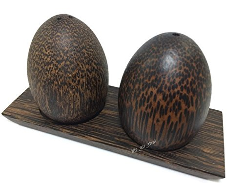 Set of 1 Salt Pepper Shaker Wooden Box Salt And Pepper Storage Kitchenware Handmade Holder Egg shape (palm wood) by Mr_air_thai_Kitchen