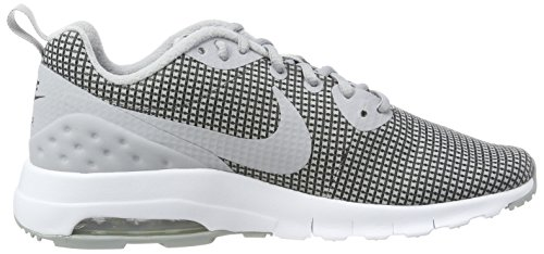 NIKE Männer Air Max Motion Low Cross Trainer Grau