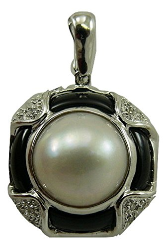 Mabe Pearl with Black Onyx Pendant 14k White Gold and Diamonds 0.09ct