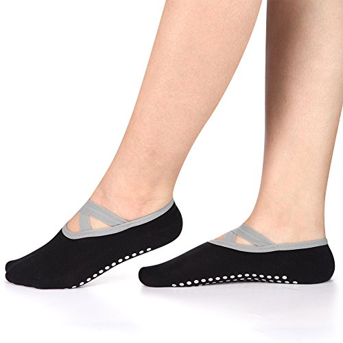 Yoga Socks for Women Non-Skid Socks with Grips Anti-Skid Pilates Socks (2 pairs Black2) by Huisen (Image #3)