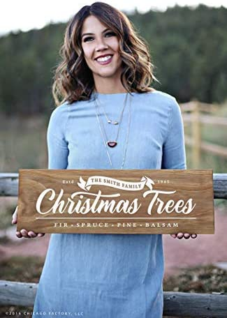 Custom Farmhouse Christmas Tree Sign Christmas Tree Farm Sign Holiday Decorations Farm Fresh Tree Sign Personalized Christmas Wood Signs For Home Decor Quote Garden Plaque Sign Amazon Ca Home Kitchen
