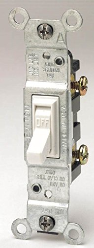 Leviton Toggle Switch Residential 15 Amp 120 V White Csa 10
