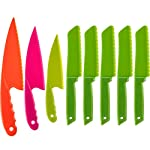 Jovitec 8 pieces kid plastic kitchen knife set, children's safe cooking chef nylon knives for fruit, bread, cake, salad, lettuce knife 30 versatile kitchen tools for kids: this nylon knife set contains 5 pieces square knife, 3 pieces cusp shape knife, has different beautiful and bright colors wide usage: knife can safely cut many types of fruit, lettuce, vegetables, bread, cheese, cake, carrots, zucchini, strawberries and more characteristic: the nylon knife has serrated edges, this little chef set will help safeguard fingers from the dangers and risks of peaked metal knives