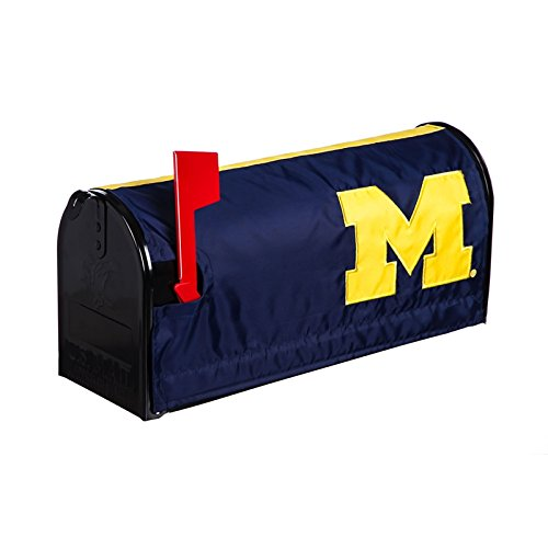 Evergreen Magnetic Mailbox Cover,University of Michigan