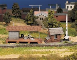 Bachmann Trains Loading Platform and Crossing (Loading Platform Kit)