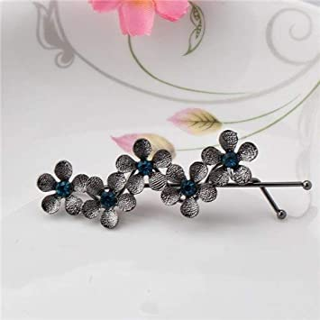 22f75c382d Amazon.com : Mism New Wave Shaped Simple Bobby Pin Five Flower : Beauty