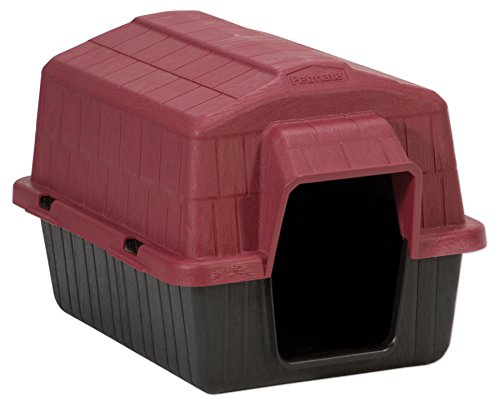 Petmate Barnhome III, UP to 15LBS by Petmate