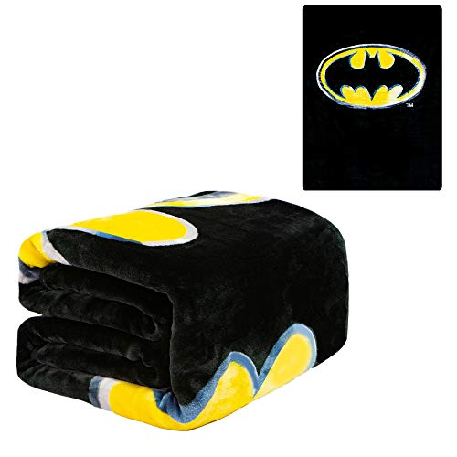 DC Comics Batman Emblem Twin 60'' x 80'' Blanket - Batman Logo - Black with Yellow Logo - Officially Licensed by Warner Bros - Super Soft & Thick - 100% Polyester -