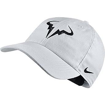 e68655351 Amazon.com: NIKE Aerobill H86 Rafa Hat Cap Bull Logo Dri Fit Tennis ...