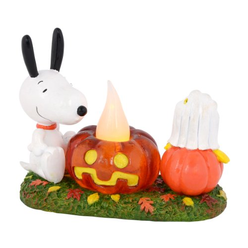 Department 56 Peanuts Snoopy's Pumpkin Surprise Figurine, 4 inch