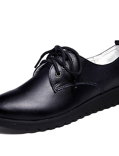 ZQ 2016 Zapatos de mujer - Tacón Plano - Punta Redonda - Oxfords - Oficina y Trabajo / Vestido / Casual - Cuero - Negro / Blanco , white-us5.5 / eu36 / uk3.5 / cn35 , white-us5.5 / eu36 / uk3.5 / cn35 black-us6.5-7 / eu37 / uk4.5-5 / cn37
