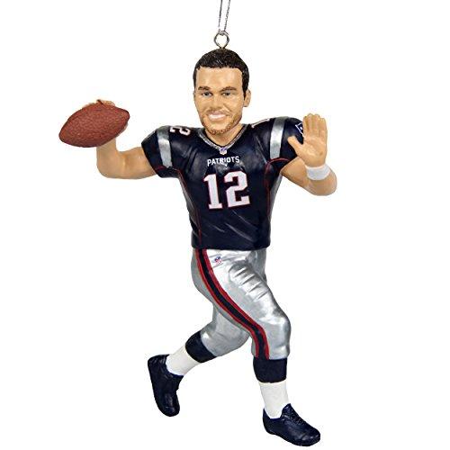 (New England Patriots Brady T. #12 2017 Resin Player Ornament)