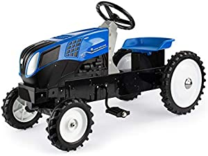 ERTL New Holland T8 Pedal Tractor with MFD Tires 13954