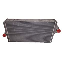 RE330645 New Radiator Made to fit John Deere Tract