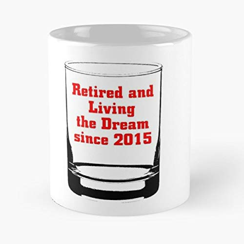 Amazon Com Retired And Living The Dream Since 2015 Age Tshirts
