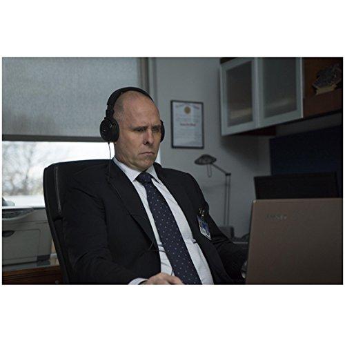 Paul Schulze 8 inch x 10 inch Photograph The Punisher (TV Series 2017 - ) Wearing Headphones kn