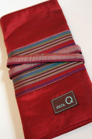 Della Q Interchangeable Needle Case (185) (004 Red/Stripe) ()