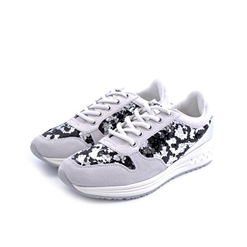 Scarpe sneakers Cafe'Noir da donna in camoscio grigio chiarissimo con decorazioni di paillettes doublefaces nero/argento MDA 620 NERO taglia 37