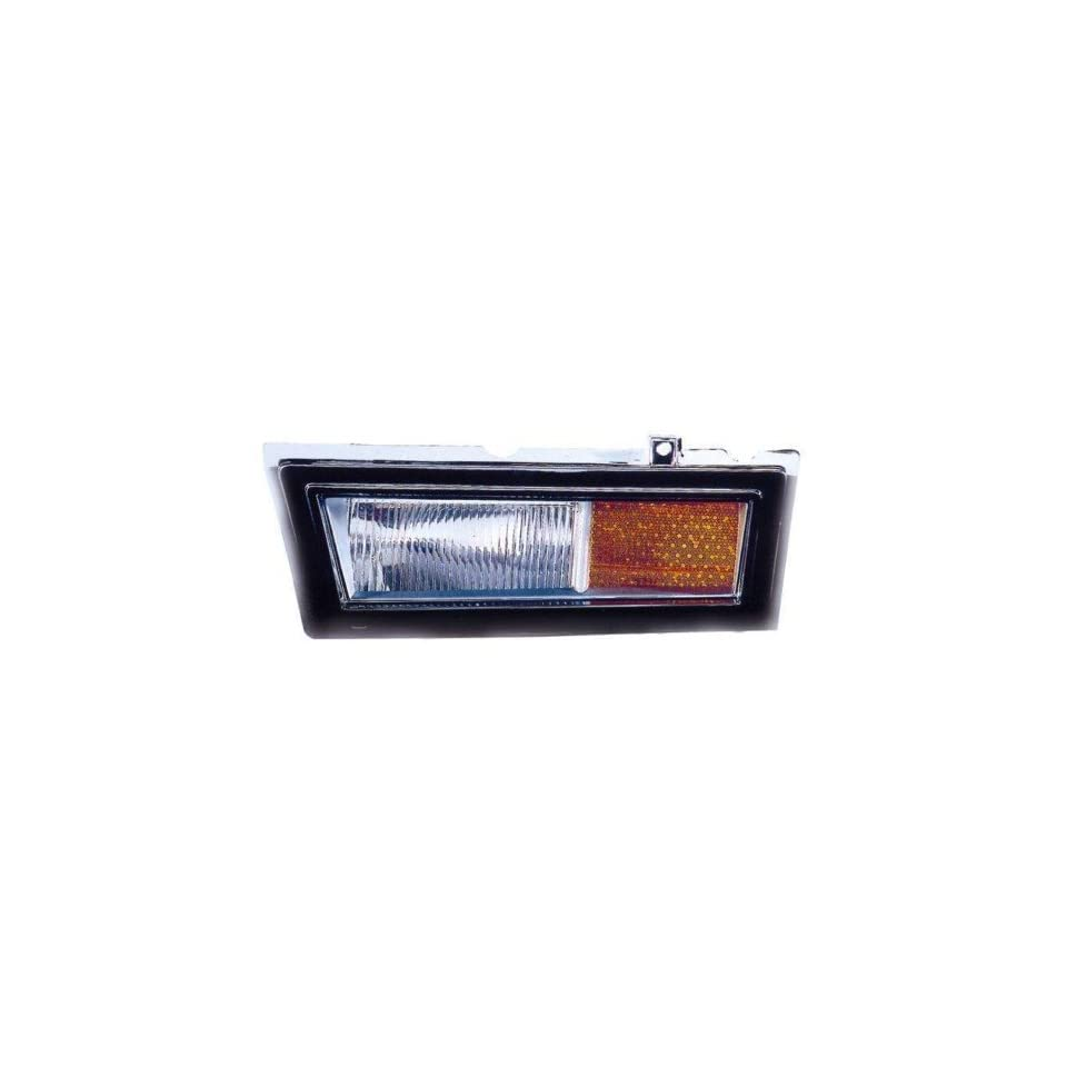 Lincoln Town Car Replacement Side Marker Light (In Bumper)   Passenger Side