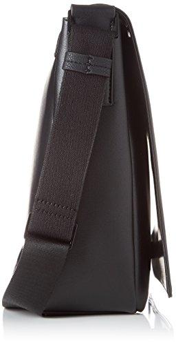 Negro Black Shoppers 13x26x37 cm Elevated Messenger Klein Hombre x Calvin Flap y T hombro With B Logo H de bolsos Oq7x6Y