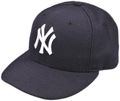 0eb6d4b818236 Amazon.com  New Era 59Fifty New York Yankees 2017 Authentic Youth Collection  On Field Game Cap Size 6 1 2  Clothing
