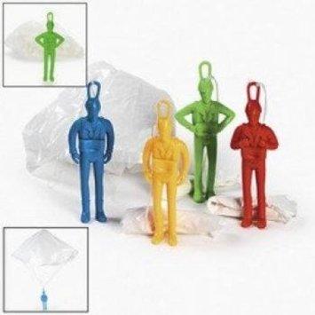 12 Plastic Jumbo Paratroopers Parachute Men