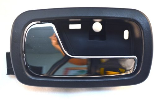 PT Auto Warehouse GM-2007MA-FL - Inside Interior Inner Door Handle, Black Housing with Chrome Lever - Driver Side Front ()