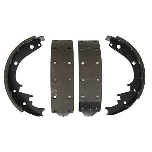 Chevrolet C2500 Brake (Wagner  Z473R Riveted Brake Shoe Set, Rear)