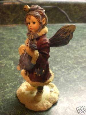 Kristabell Faeriefrost - Boyds Wee Folkstone Collection