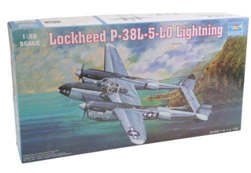 Trumpeter 1/32 P38L-5-LO Lightning Fighter (P-38 Lightning Fighter)