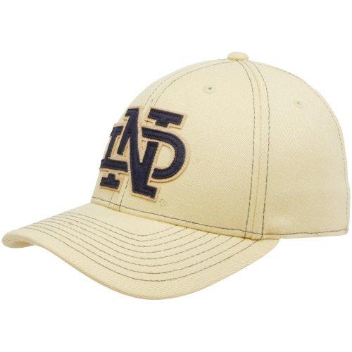 ae214504c Amazon.com: Notre Dame Fighting Irish Structured Flex Adidas Hat ...