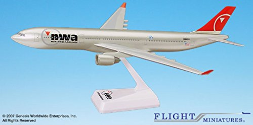 Flight Miniatures Northwest Airlines NWA 2003 Airbus A330-300 1:200 Scale Display Model REG#N802NW