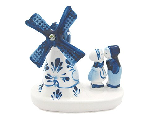 Windmill & Delft Kissing Couple ()