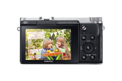 Samsung EV-NX3000BOIUS Wireless Smart 20.3MP Compact System Camera with 3-Inch LCD and 16-50mm OIS Power Zoom (Black)