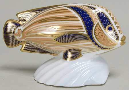 Royal Crown Derby Imari Paperweight Collection Sweet Lips Tropical Fish No Box 5 1/4
