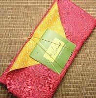 Refined tea gift set of furoshiki wrapping [Zhu] Kagoshima tea by Akiyama Gardens
