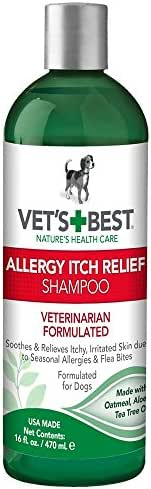 Vet's Best Allergy Itch Relief Dog Shampoo | Cleans and Relieves Discomfort from Seasonal Allergies | Gentle Formula | 16 oz