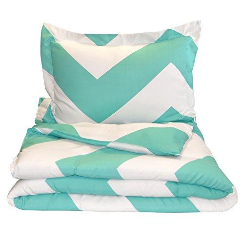 Down Alternative Premium Ultra Soft Comforter product image