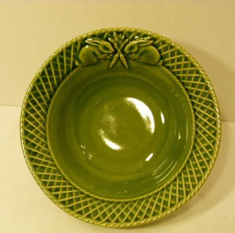 Bordallo Pinheiro Green Majolica Bunny Rabbit Soup/Cereal Bowl 7¼ Inches Easter Portugal