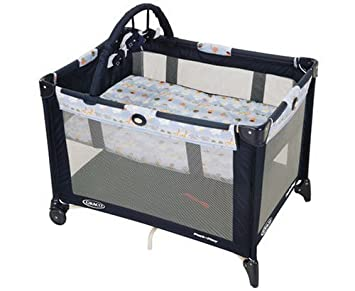 Amazon Com Graco Pack N Play Playard With Bassinet In Rise And
