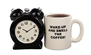 Attractives Magnetic Ceramic Salt Pepper Shakers Alarm Clock and Coffee Cup