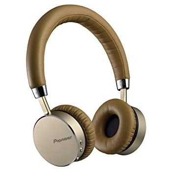 Pioneer Bluetooth®-enabled wireless headphone of NFC featured SE-MJ561BT-T